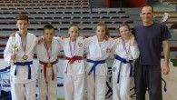 Pet medalja u Karlovcu U sportskoj dvorani Mladost, održan je 11. Karlovac Open na kojem su uspješan nastup imali članovi Karate kluba Bregana. Na početku jesenskog dijela sezone mladi borci su pokazali da vrlo brzo ulaze u natjecateljski ritam, pa je osvojeno 5 medalja ( jedno zlato, dva srebra i...